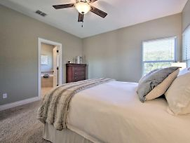 Stylish House With Views Less Than 3 Mi To Canyon Lake! photos Exterior