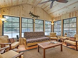 Cabin With Kayaks Situated On The Wisconsin River! photos Exterior