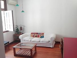 Beautiful & Bright Apartament In Center Ba photos Exterior