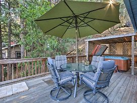 Quiet Cabin With Hot Tub, Walk To Lake Gregory! photos Exterior