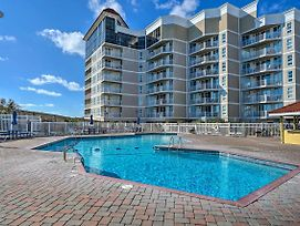 Oceanfront Resort Condo: Pools, Views & More photos Exterior