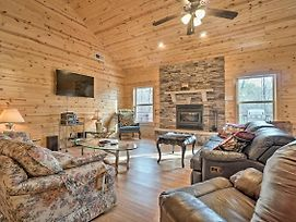 Woodland Cabin W/ Hot Tub, 5 Miles To Helen! photos Exterior