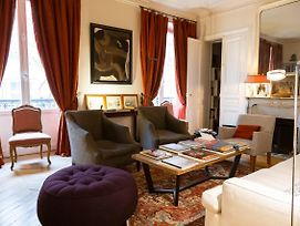 Luxurious And Bright Apt In The Heart Of Paris photos Exterior