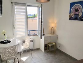 Bright Studio Beautiful View In Front The Rhone photos Exterior