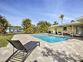 Canalfront Gem With Dock, 13 Mi To Fort Myers! photos Exterior