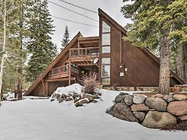 Tahoe Cabin W/ Hot Tub - Near Squaw & Alpine! photos Exterior