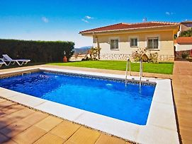 Lloret De Mar Villa Sleeps 6 With Pool And Wifi photos Exterior