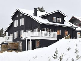 Hus Med 11+2 Baddar Med Ski-In Ski-Out Lage I Idre photos Exterior