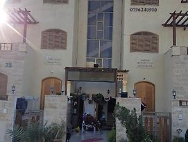 Villa Al Anoud Apartments And Hotel Rooms, And There Is A Hostel Available photos Exterior