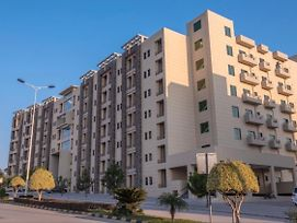 Inviting 1-Bed Apartment In Islamabad photos Exterior