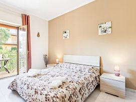 Indipendenza Big- With Air Conditioning And Balconies photos Exterior
