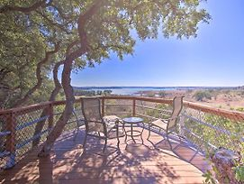 Stunning Canyon Lake Home W/ Hot Tub + Kayak! photos Exterior