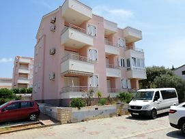 Apartment With Beautiful View And Close To The Bus Stop photos Exterior