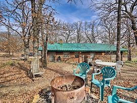 'Hidden Oaks' Real Log Home - Walk To Lake! photos Exterior