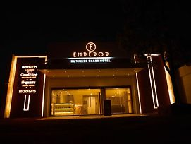 Emperor Business Class Hotel photos Exterior