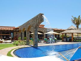 Picture Relaxing Beside Your Private Pool In Reading Your Favourite Book, San Jose Del Cabo Villa 1041 photos Exterior