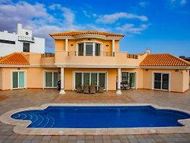 Luxury Villa In Playa Paraiso photos Exterior