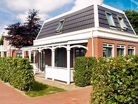 Holiday Home Bungalowparck Tulp & Zee.3 photos Exterior