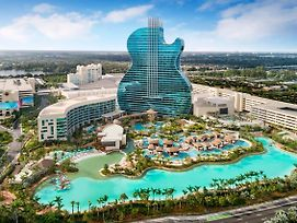 The Guitar Hotel At Seminole Hard Rock Hotel & Casino photos Exterior