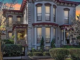 ✷Historic Award Winning Mansion By Hgtv Designer✷ photos Exterior