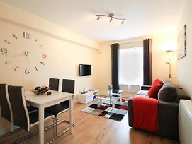 Beautiful City Centre Apartment Sleeps 4 photos Exterior
