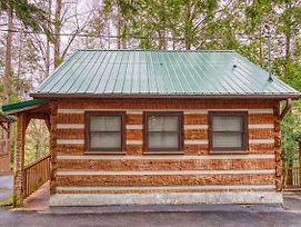 Leather And Lace #1615 By Aunt Bug'S Cabin Rentals photos Exterior