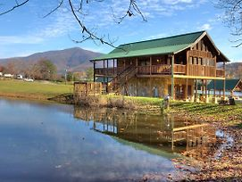 A Fishing Hole #156 By Aunt Bug'S Cabin Rentals photos Exterior