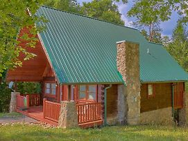Hidden Romance #1404 By Aunt Bug'S Cabin Rentals photos Exterior