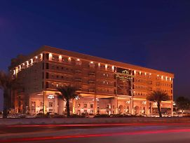 Radisson Blu Royal Suite Hotel, Jeddah photos Exterior