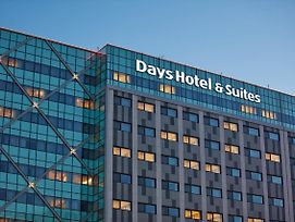 Days Hotel & Suites By Wyndham Incheon Airport photos Exterior
