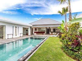 5 Star Villa For Rent In Bali, Bali Villa 1158 photos Exterior