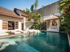 Rent A Luxury Villa In Bali Close To The Beach, Bali Villa 2025 photos Exterior
