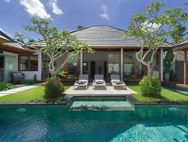 Luxury 4 Bedroom Villa With Private Pool, Bali Villa 2043 photos Exterior