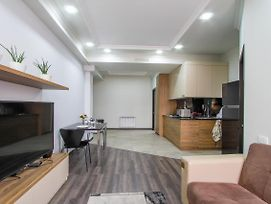Modern Apartment On Pushkin Street photos Exterior