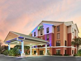Holiday Inn Express Hotel & Suites Port Richey photos Exterior