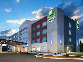 Holiday Inn Express & Suites Greenville Se - Simpsonville photos Exterior