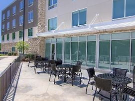 Holiday Inn Express & Suites Mobile - University Area photos Exterior