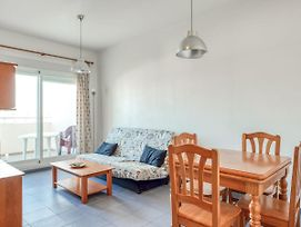 Simplistic Apartment In Oropesa With Sea Nearby photos Exterior