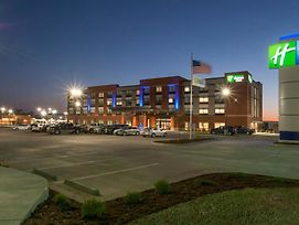 Holiday Inn Express And Suites Dodge City West photos Exterior