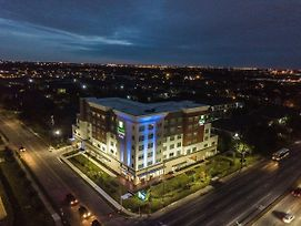 Holiday Inn Express And Suites Houston Westchase - Westheimer photos Exterior