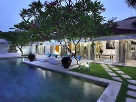 Rent A Luxury Villa In Bali Close To The Beach, Bali Villa 2060 photos Exterior