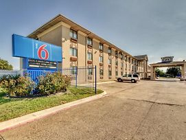 Motel 6 Dallas - Fair Park photos Exterior