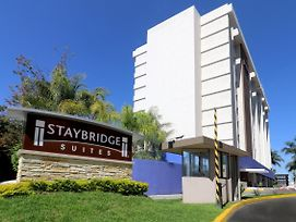 Staybridge Suites Guadalajara Expo photos Exterior