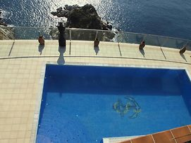 Lloret De Mar Villa Sleeps 10 Pool Air Con Wifi photos Exterior