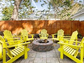 Vibrant, Colorful Condo Building With Backyard Firepit And Games photos Exterior