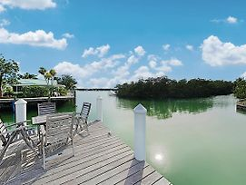Sun-Soaked Canal-Front Home W/ Private Dock & Pool Home photos Exterior