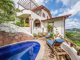 Family-Friendly Villa, Private Pool & Concierge photos Exterior