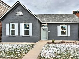 Modern Home With Yard Less Than 1 Mile To The Capitol! photos Exterior