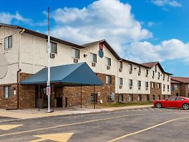 Americas Best Inn And Suites Auburn, Mi photos Exterior
