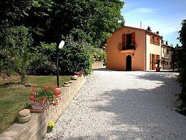 Montecarotto Villa Sleeps 4 Pool Air Con Wifi photos Exterior